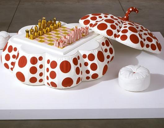 Pumpkin Chess Diseñado por Yayoi Kusama