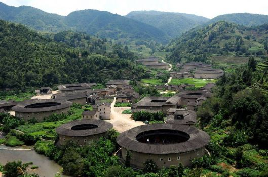 China_tulou_Fujian_07