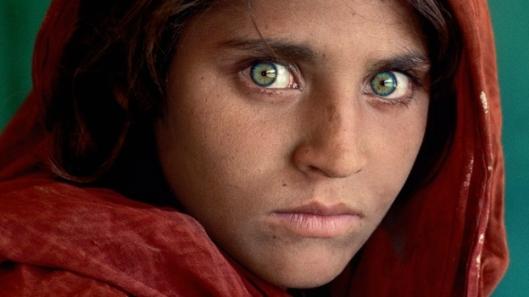 nia-afghana-portada-national-geographic
