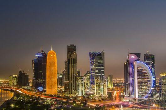 modern-buildings-downtown-doha