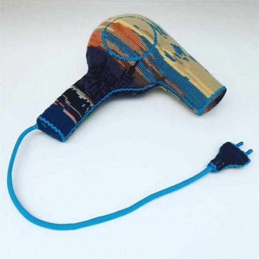 objetos-y-electrodomesticos-cosidos-por-ulla-stina-wikander-4